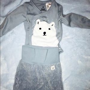 Other - H&M matching boy bear outfit